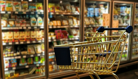 ../images/Shopping-trolley-in-isle.jpg
